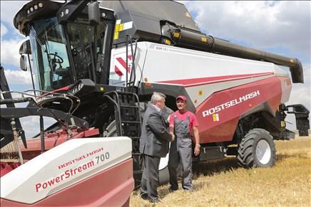 Донские хлеборобы ставят новые рекорды: собрано свыше 10 млн тонн зерна