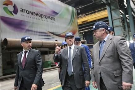 Василий Голубев и Сергей Кириенко посетили предприятия атомной отрасли в Волгодонске