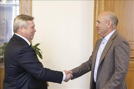 Губернатор вРостовской области готов рассмотреть денежный вопрос вФК «Ростов»