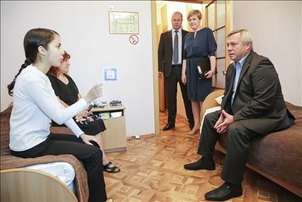 Две семьи ростовских погорельцев приобрели новые квартиры