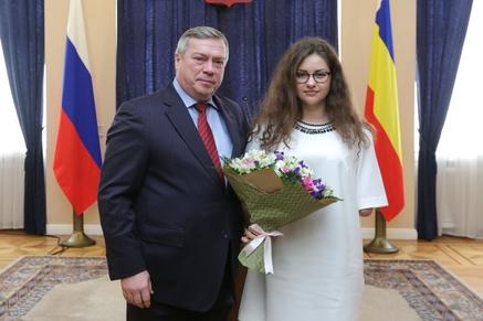 Губернатор Ростовской области наградил донских паралимпийцев