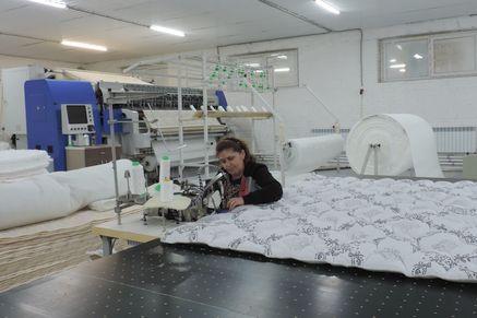 Матрасы аксайской фабрики получили знак качества «Сделано наДону»