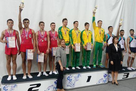 Вовсероссийских соревнованиях попрыжкам набатуте победил югорчанин