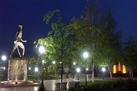 Памятник Л.С.Маркову